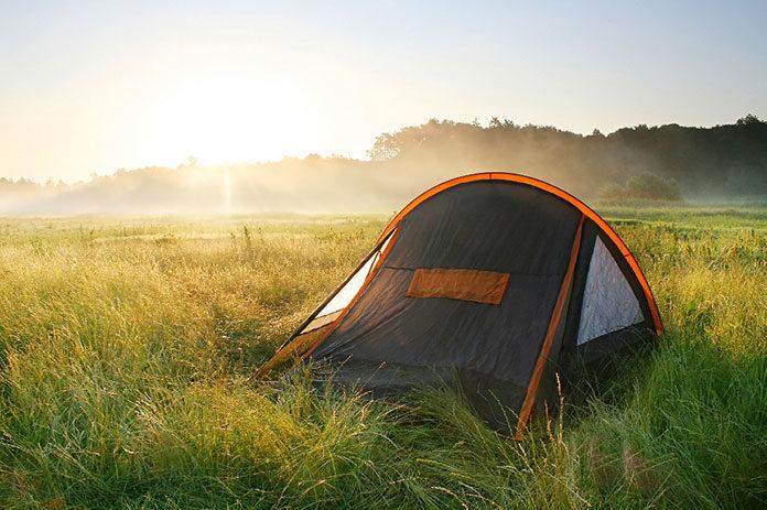 Co zabrać pod namiot w góry