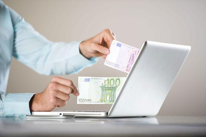 Planowanie wakacji za granicą – nie zapomnij wymienić waluty!